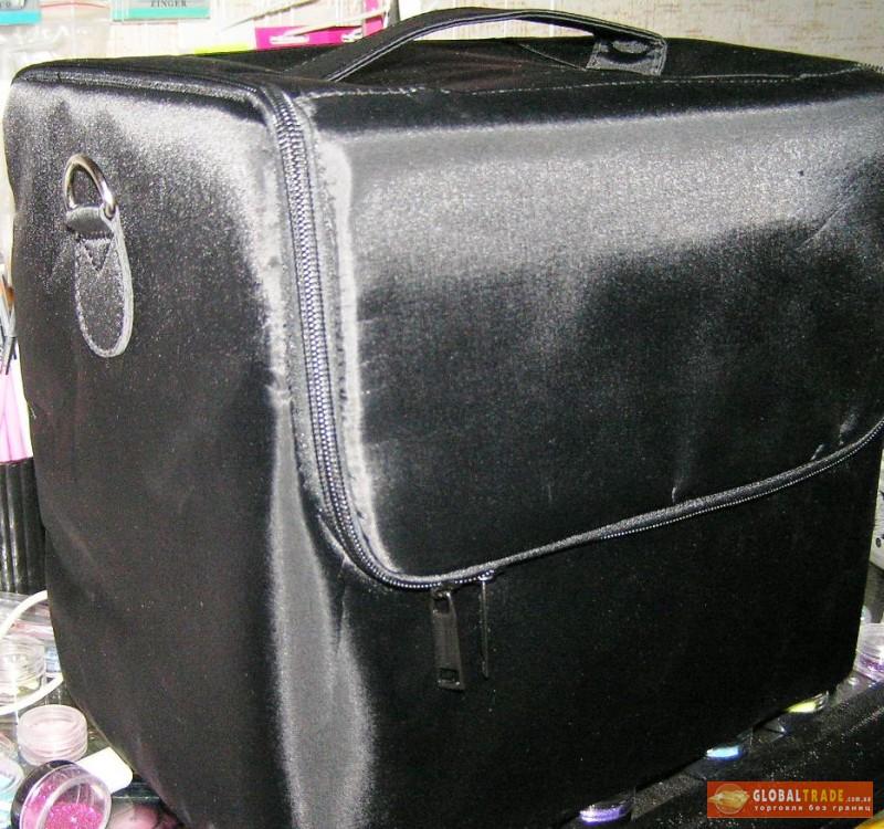Сумка-чемодан для маникюра и педикюра цвета
