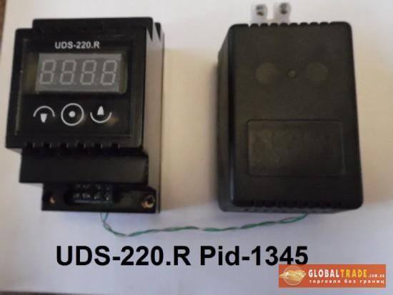 ПИД-регулятор UDS-220.
